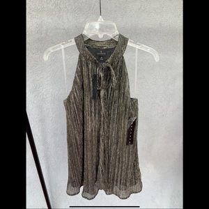 Worthington Gold and Black Top, NWT, Size M